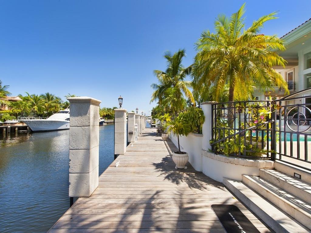 7 Bedroom Del Lago Estate Jpl Vacation Rentals