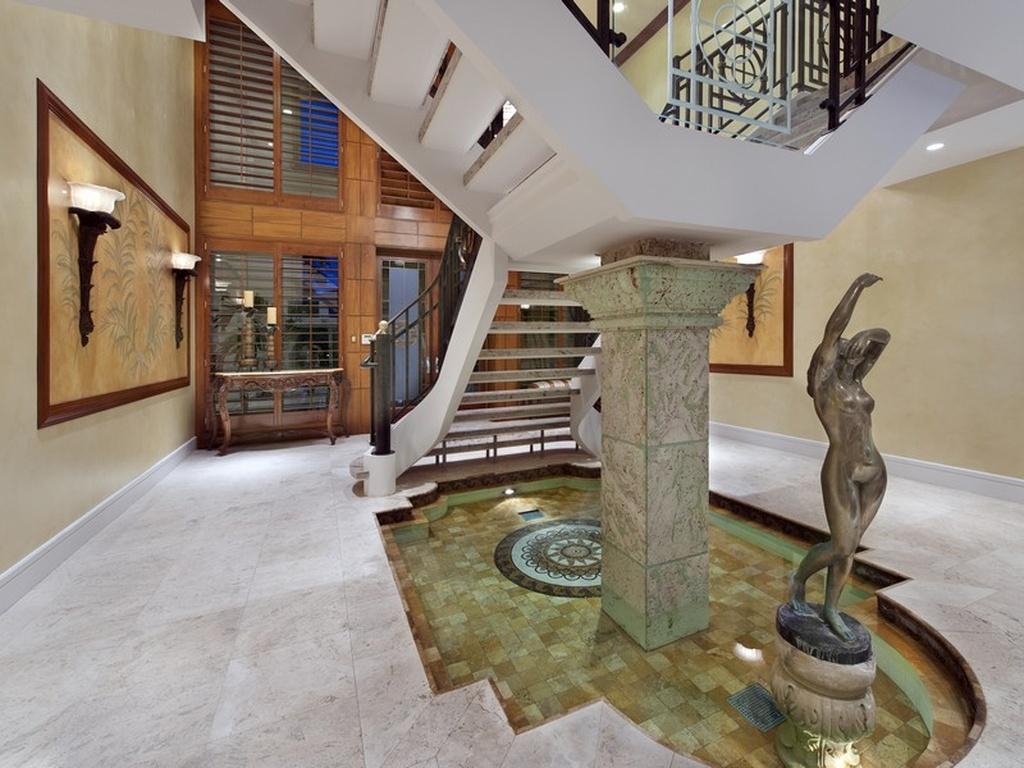StaircaseFountain