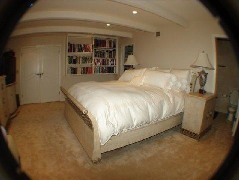 Hollywood Mansion bedroom