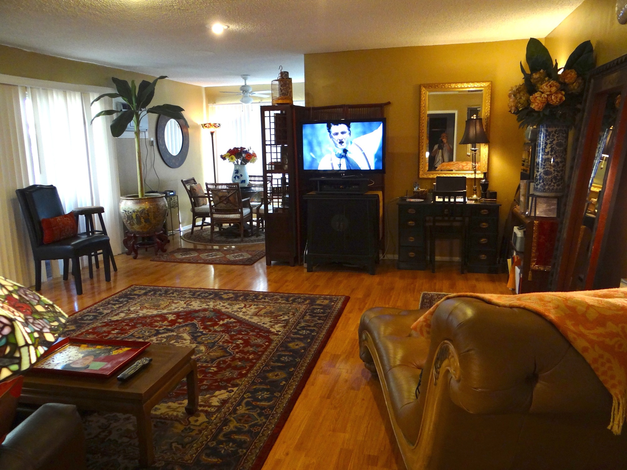 1 Bedroom Hollywood Hills Apartment 1 – 5 guests JPL Vacation Rentals